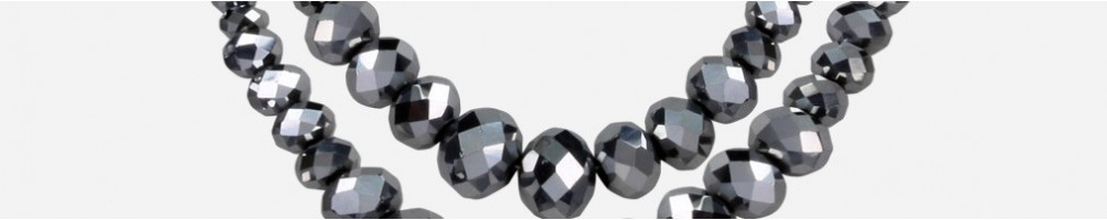Wholesale fashion necklaces with applications and rhinestones